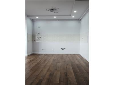 Apartament 3 camere finisat lift zona Vivo!