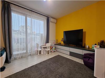 Apartament 2 camere cu abonament loc de parcare zona Teilor!