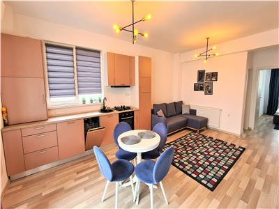 Inchiriere apartament 3 camere 70mp,terasa,parcare Baciu, zona Petrom