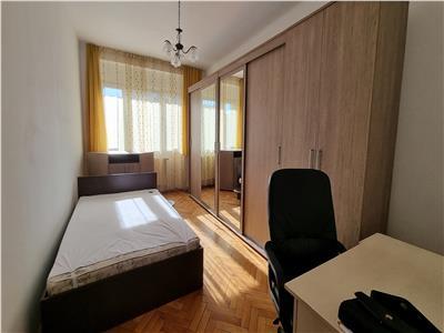 Apartament 2 camere, 65 mp, zona Centrala, Strada Horea