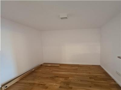 Apartament modern 3 camere 100mp,balcon,parcare, Buna Ziua