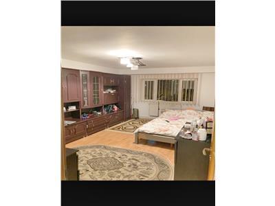 Apartament 2 camere decomandate Intre Lacuri