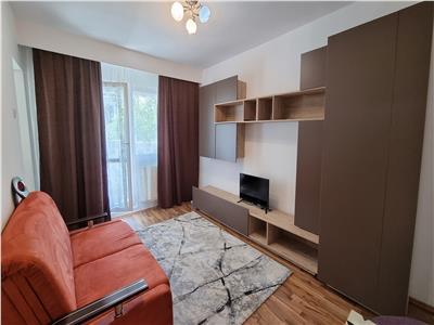 Apartament 1 camera, 30mp, cartier Plopilor, zona Winners