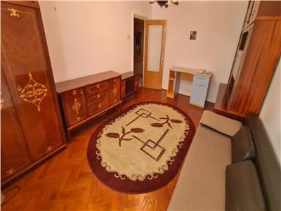 Vanzare apartament trei camere zona Marasti