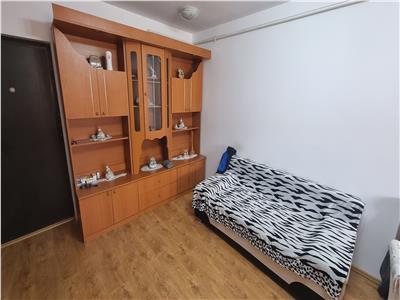 Apartament cu 2 camere zona Florilor!