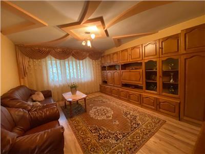 Apartament 3 camere, decomandat de inchiriat