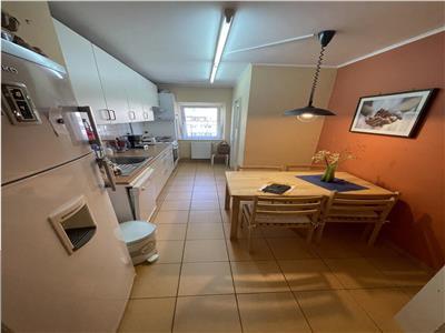 Apartament cu 4 camere, 81mp, finisat, zona Napolact, Manastur