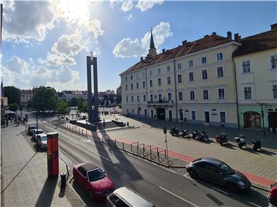 Spatiu de birouri 230mp pe 2 nivele,balcon,parcare, zona Ultracentrala,P-ta Unirii