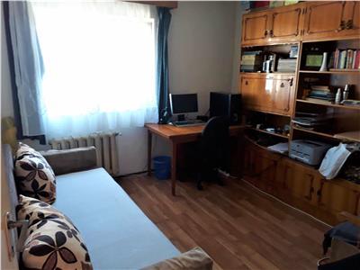 Apartament cu 4 camere, decomandat, Manastur, P-ta Ion Mester!