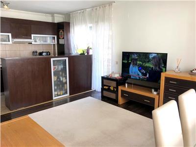 Apartament 2 camere, decomandat, parcare, Buna Ziua