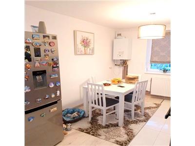 Apartament 3 camere, decomandat, parcare, Gheorgheni