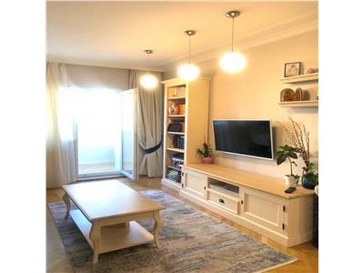 Apartament 3 camere, decomandat, parcare, Titulescu