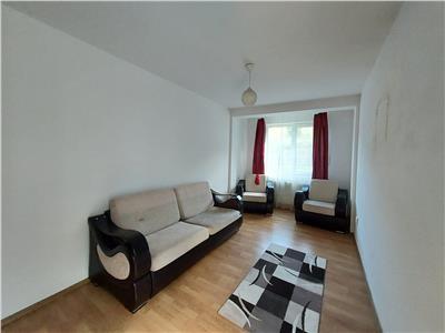 Apartament 2 camere, DECOMANDAT, parcare, zona linistita!
