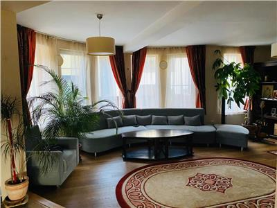 Casa individuala de vanzare amplasat pe un teren de 710 mp, intr-o zona linistita doar cu case!