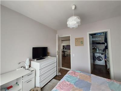 Apartament modern 3 camere, parcare, zona Terra!