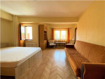 Apartament cu o camera, 40 mp, etaj intermediar, Big, Manastur!