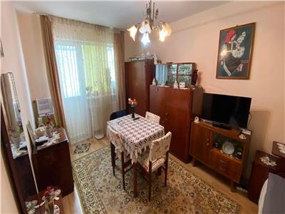 Apartament 2 camere, decomandat, zona Manastur