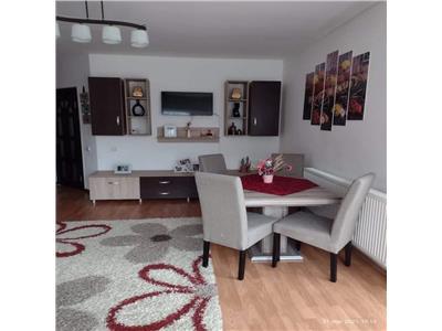 Apartament de vanzare 2 camere decomandate cu parcare si gradina!
