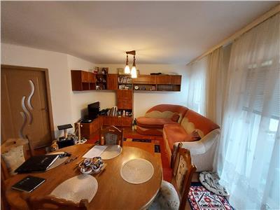Apartament 2 camere, parcare, zona Florilor!