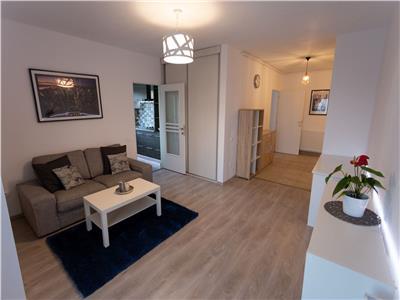 Apartament 2 camere  decomadnate  LUX parcare lift zona Vivo!