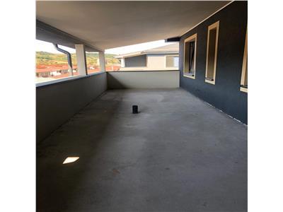 Apartament de vanzare 3 camere, 80 mp utili cu terasa de 30 mp!