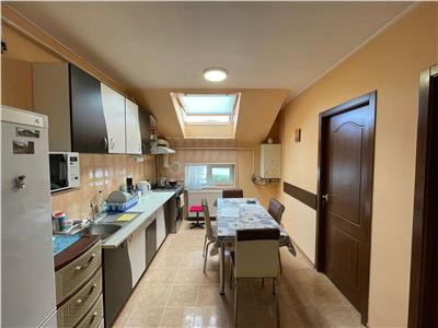 Apartament 3 camere decomandate, 58 mp, zona strazii Florilor!