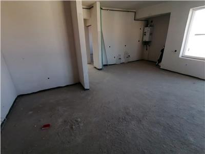 Apartament 3 camere, semifinisat, zona Teilor!