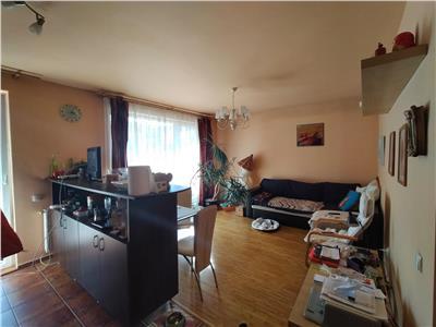 Apartament 2 camere, mobilat si utiliat,  zona Eroilor