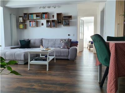 Apartament 3 camere, LUX, mobilat si utilat, zona VIVO!