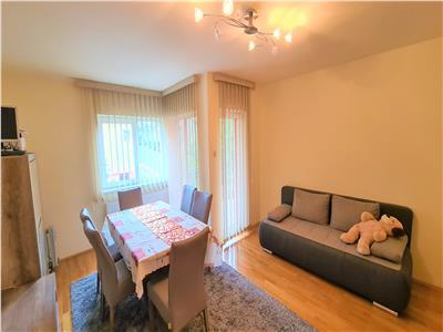Casa 3 camere 150mp,4 balcoane,parcare, Intre Lacuri, zona Iulius Mall