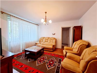 Apartament 3 camere semidecomandat, 67mp, cartier Gheorgheni, zona Transylvania College