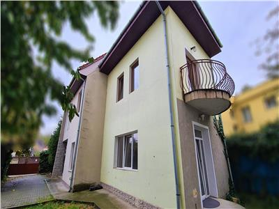 Casa/Birou 4 camere 180mp,2 balcoane,3parcari, Plopilor, Platinia Ursus