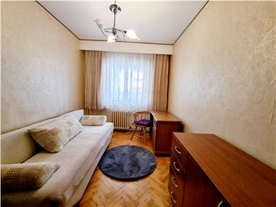 Apartament 3 camere, 65mp, garaj inclus, cartier Zorilor, zona Spitalul de Recuperare