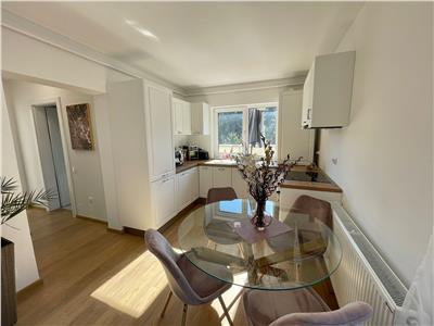 Apartament modern, cu bun gust, terasa cu o priveliste superba, perfect pentru tine!
