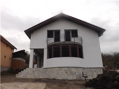 Casa duplex Valea Chintaului