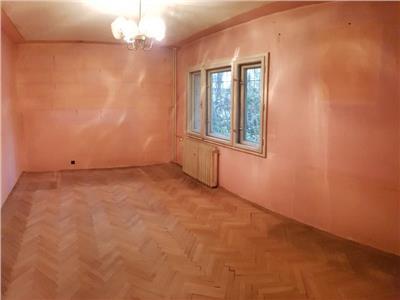 Vanzare apartament 2 camere Piata Cipariu
