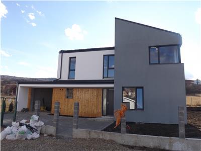 Casa cu 3 dormitoare de vanzare in cartier Borhanci