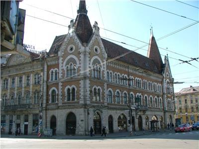 Apartament  doua camere  cladire istorica  Palatul Széky