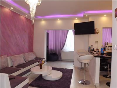 Vanzare apartament doua camere lux zona Petrom
